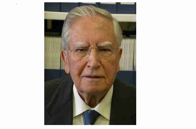 Fallece Don Fernando Reinoso Suárez, primer presidente electo de la SENC (1987)